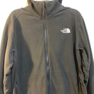 Men's NorthFace Sweater